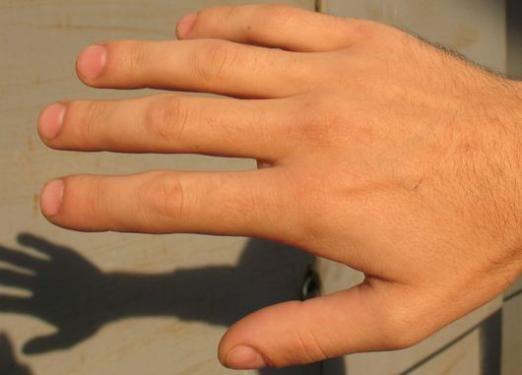 До чого сняться пальці рук?