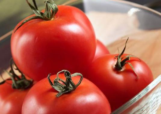Як зберігати помідори?