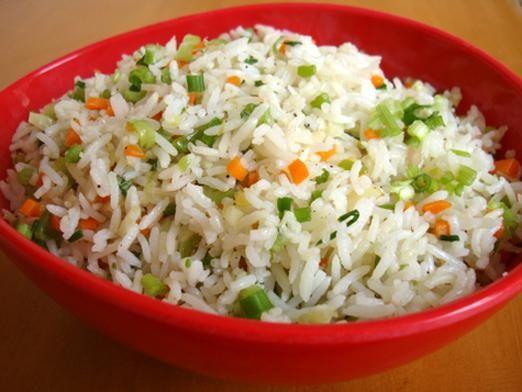 Як приготувати рис з овочами?