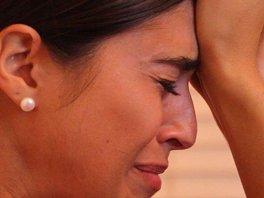 Чому мама плаче?