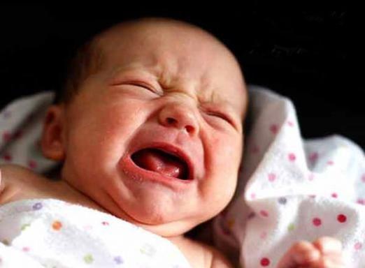 Чому плачуть новонароджені?