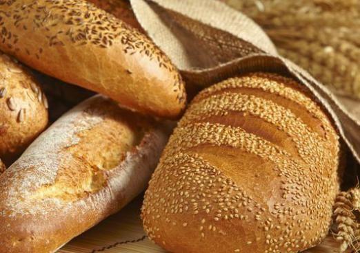 Скільки калорій в хлібі?
